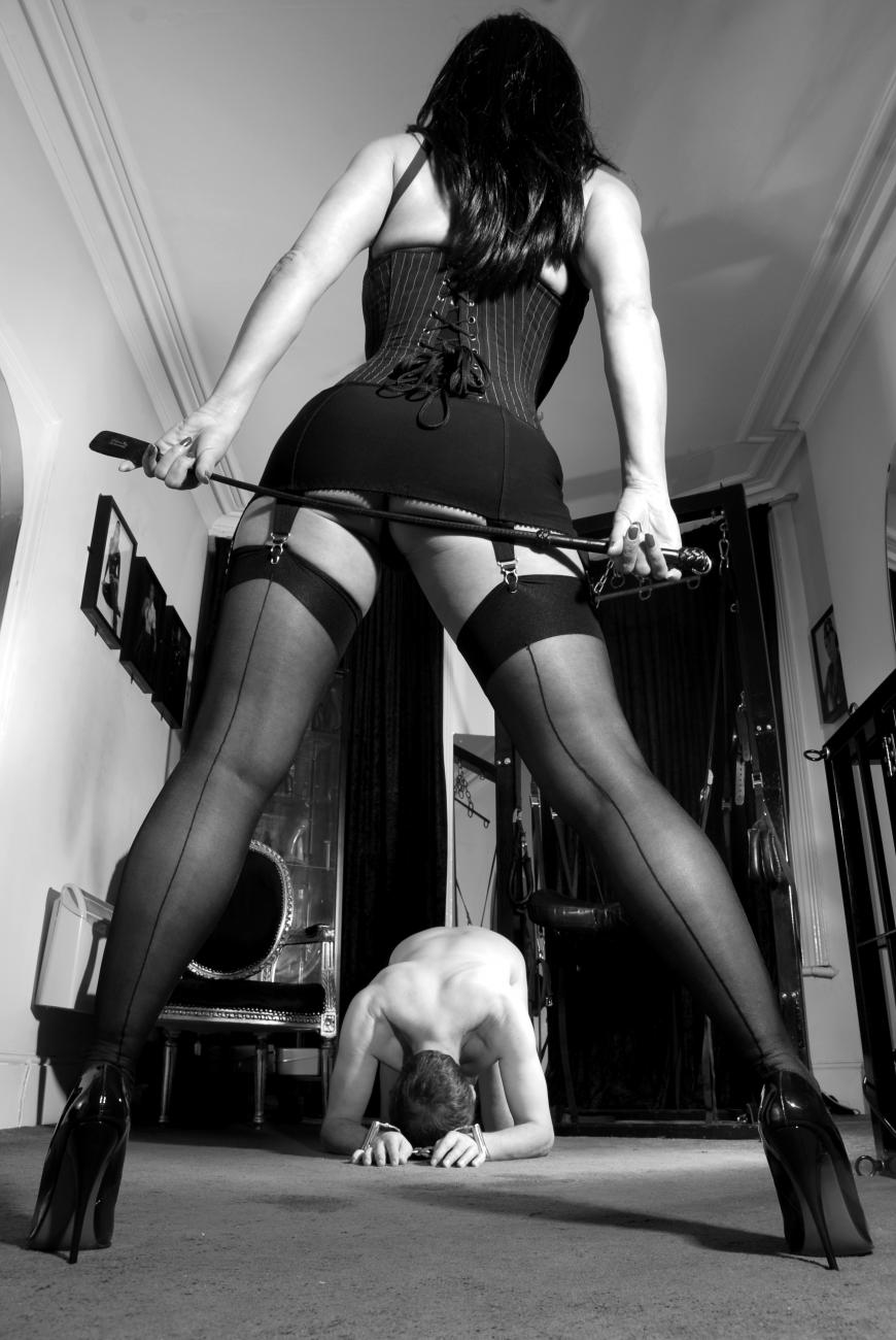 Русское садо мазо госпожа наказывает раба 13 фотография
